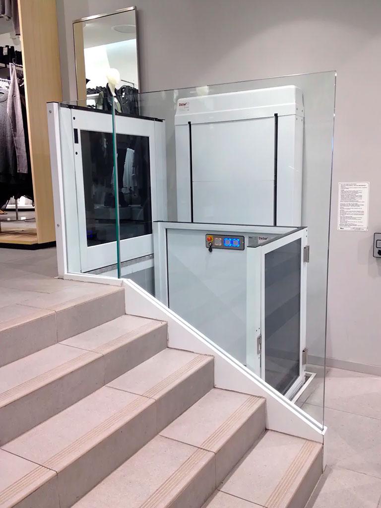 instalacion-de-salvaescaleras-verticales-3m-elche